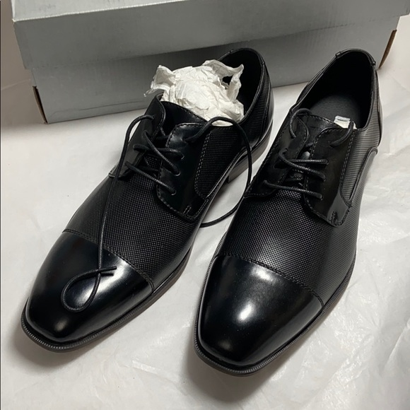 Kenneth Cole Reaction Other - Men's Kenneth Cole Unlisted Black dress shoes 10